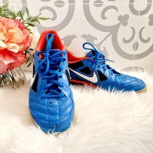 Nike5 Gato Shoes Rare